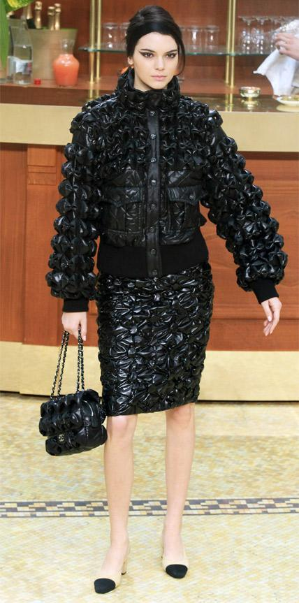 Chanel : Runway - Paris Fashion Week Womenswear Fall/Winter 2015/2016