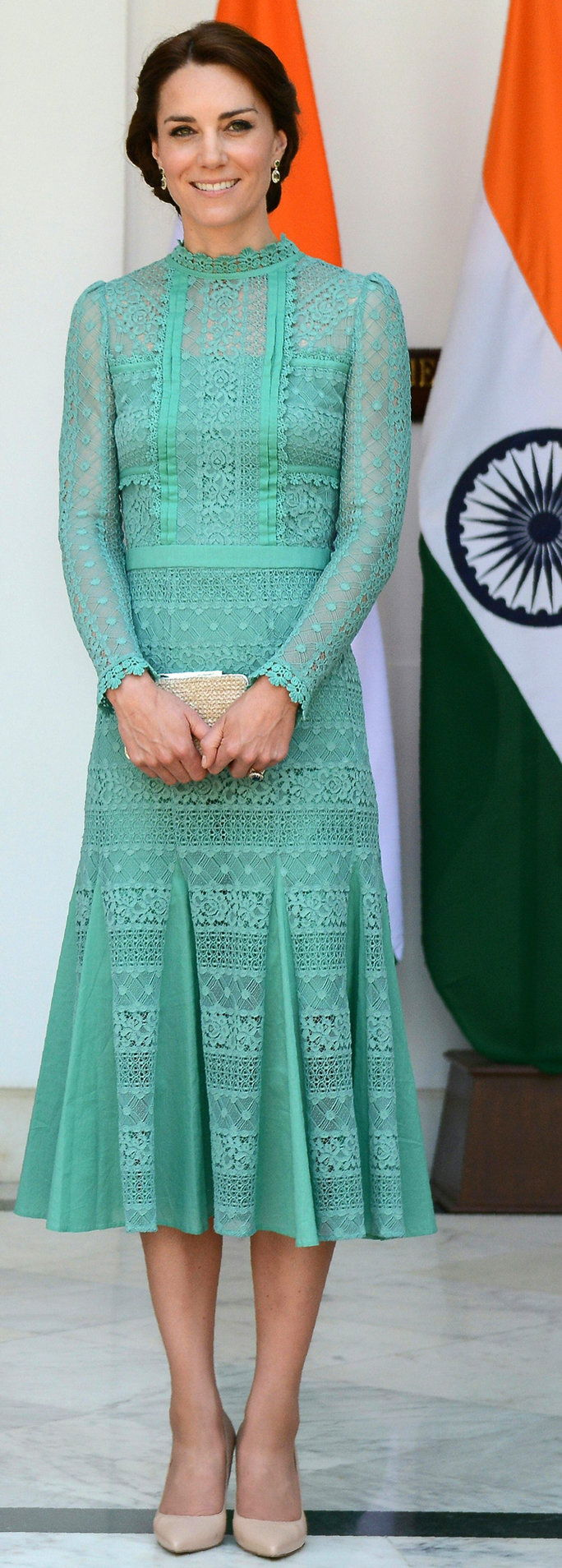 英国's Catherine, Duchess of Cambridge looks on ahead of a lunch event with India's Prime Minister Narendra Modi at Hyderabad House in New Delhi on April 12, 2016.