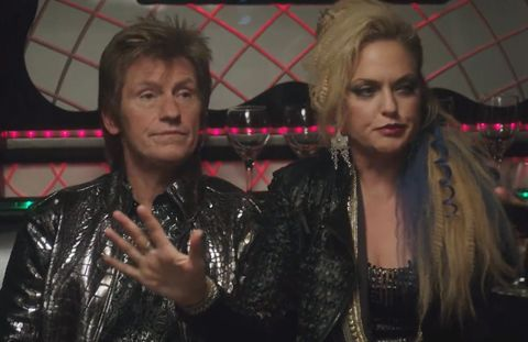 Elaine Hendrix and Dennis Leary on Sex&Drugs&Rock&Roll - Embed