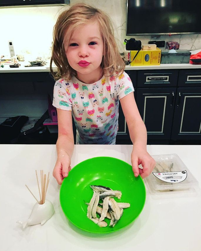 HARPER LOVES ANCHOVIES—FOR BREAKFAST