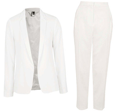 一个 All-White Suit