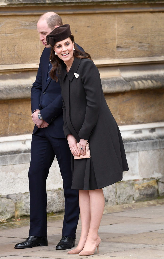 该 Royal Family Attend Easter Service At St George's Chapel, Windsor